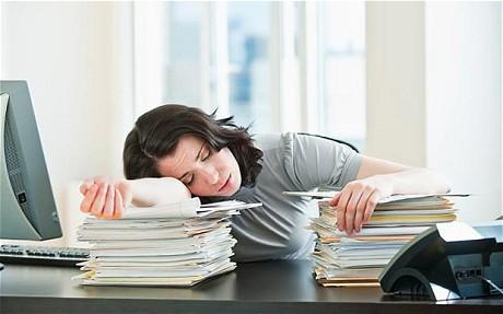 Schlafmangel Mudigkeit Beheben Erkennen Schlafmangel Und Mudigkeit ...